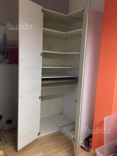 Armadi Ikea Ad Angolo.Armadio Angolare Ikea 322